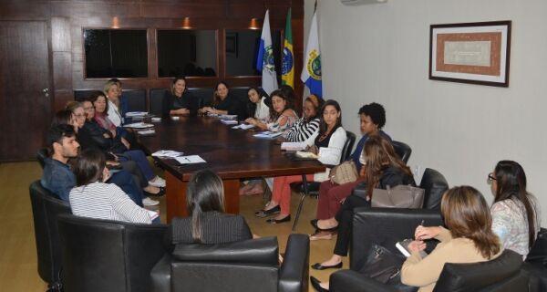 Secretaria de Assistência Social e Direitos Humanos realiza reunião com municípios da Baixada Litorânea
