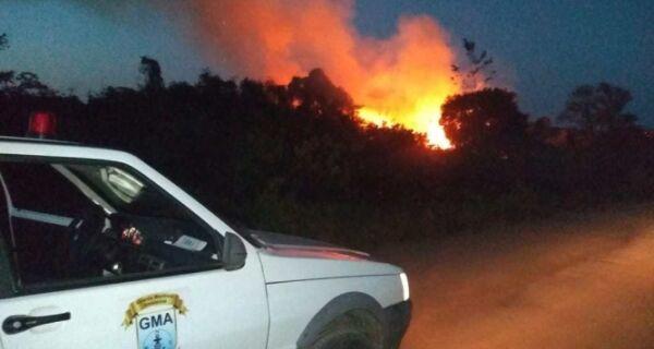 Guarda Marítima Ambiental de Búzios auxilia no combate a incêndio em Búzios