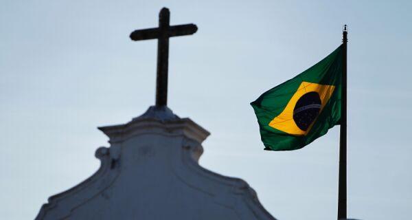 Cabo Frio comemora Independência do Brasil com hasteamento da Bandeira Nacional