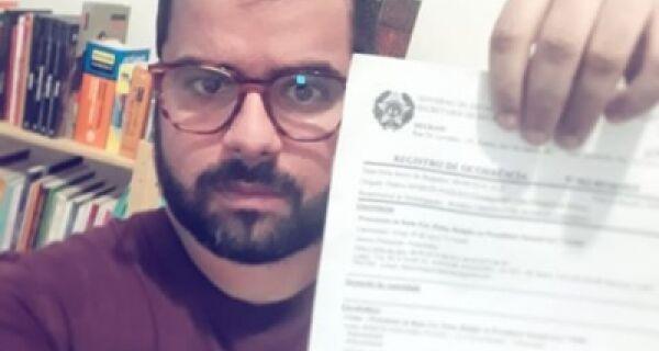 Sociólogo presta queixa contra comentário homofóbico na página da Prefeitura de Cabo Frio