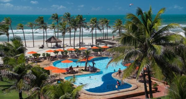 Conheça toda a estrutura hoteleira e de lazer do Beach Park em Fortaleza