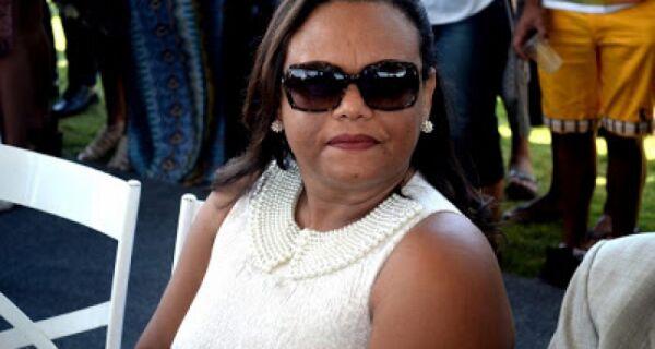 MP faz ação na casa da secretária de Educação de Arraial do Cabo