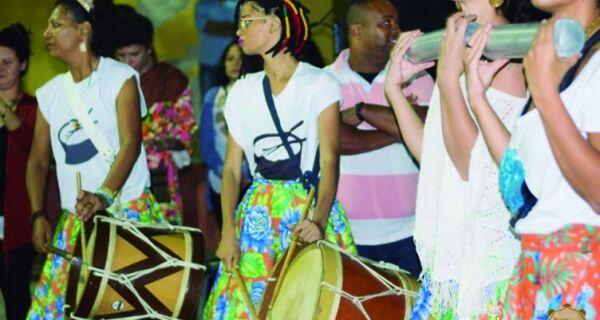 Projeto Nosso Samba agita a Passagem