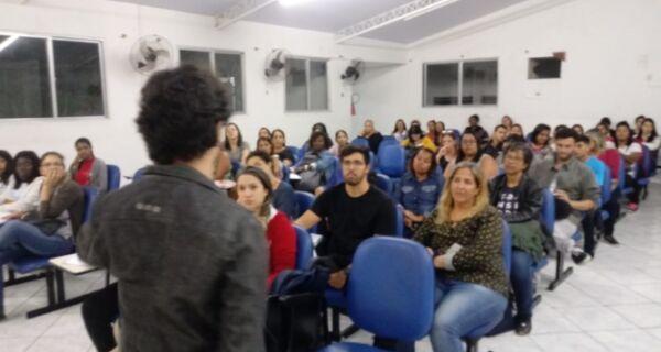 Curso social oferece aulas gratuitas para concurso de Araruama