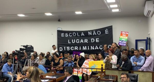 Discussão de gênero opõe vereadores em Cabo Frio
