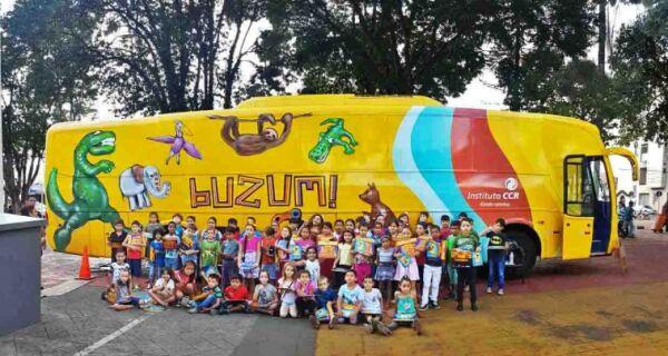 """BuZum! chega em Cabo Frio com o espetáculo """"Curumim"""" trazendo lendas indígenas"""