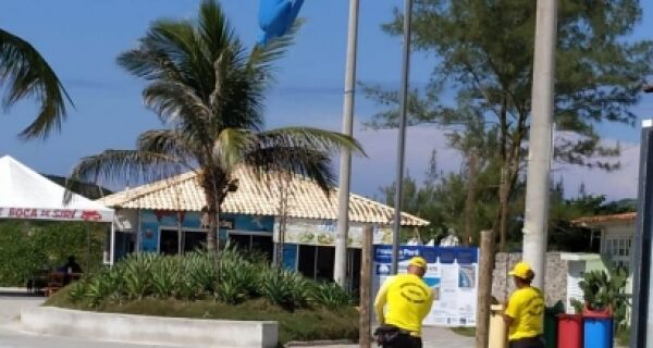 Antes do hasteamento do Bandeira Azul, ajustes no Peró
