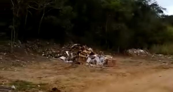 Comsercaf diz que vai apurar descarte de resíduos em área de proteção ambiental