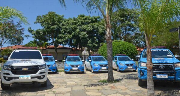 Prefeitura de Búzios entrega novas viaturas para o Proeis e a Guarda Municipal