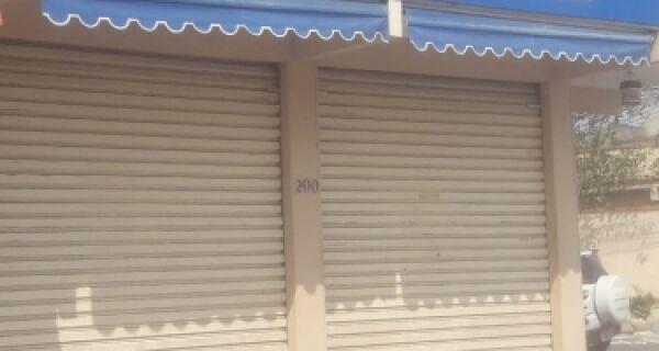 Policial baleado fecha 'semana de cão' no Manoel Corrêa