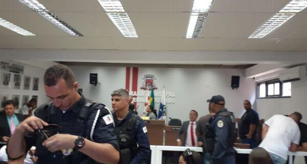 Vereadores de Arraial votam hoje (15) as contas do prefeito Renatinho Vianna