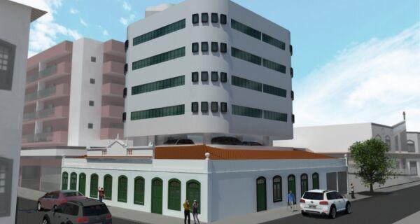 Igreja apresenta projeto para área da Casa Paroquial, demolida há oito anos