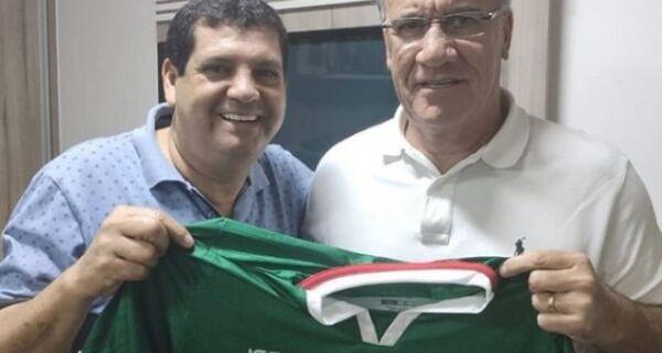 Cabofriense anuncia volta de Alfredo Sampaio para comandar equipe em 2020