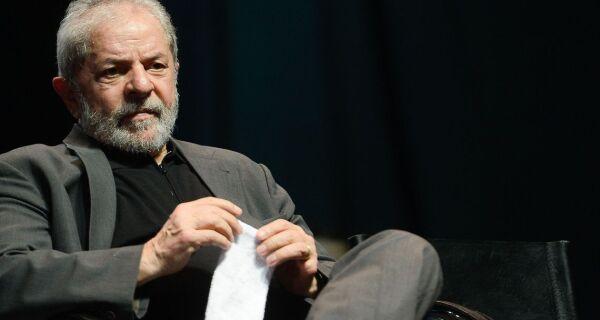 Com base em decisão do STF, defesa de Lula pede soltura imediata