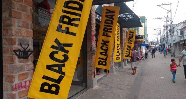 Black Friday anima comércio em Cabo Frio