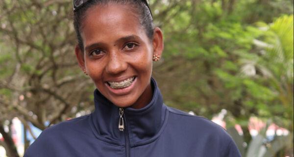 Atleta Iris Ribeiro vai representar Búzios no Mundial XTERRA no Havaí