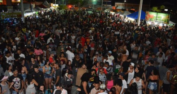 São Pedro da Aldeia realiza décima edição da Parada do Orgulho LGBTI