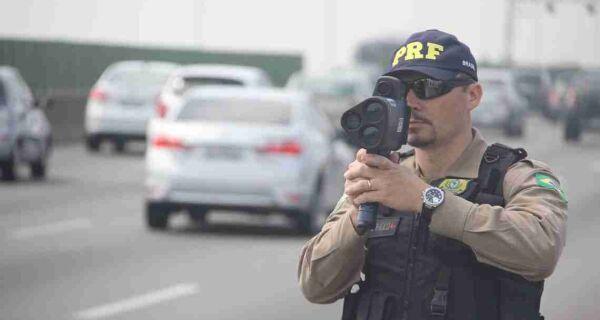 PRF volta a fiscalizar estradas federais com radares móveis