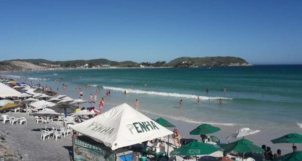 Calorão faz Cabo Frio ter gostinho de verão