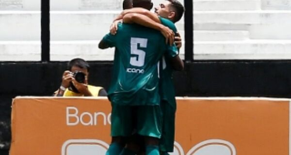 Cabofriense desencanta e vence a primeira: 1 a 0 no Vasco