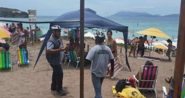 Cabo Frio realiza choque de ordem nas praias