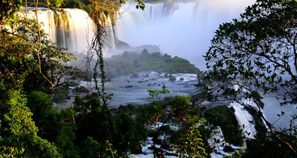 Mais opção de voos diretos entre Salvador e Foz do Iguaçu