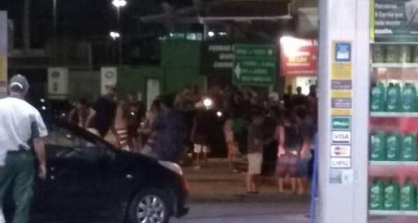 Noite violenta em Cabo Frio: homem é morto no trevo de entrada da cidade