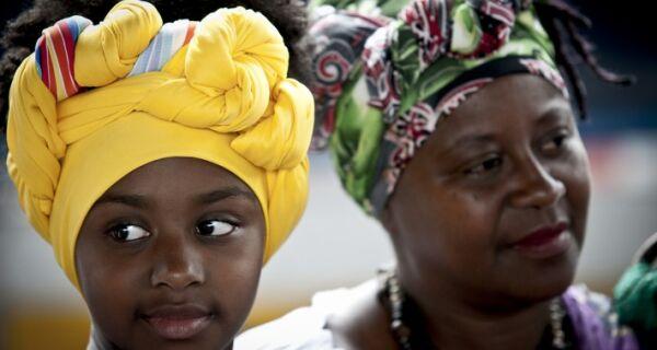 Espaço Zanine, em Búzios, recebe projeto 'Revelando a Beleza Negra'