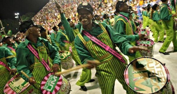 Pré-Carnaval de Iguaba Grande  terá show da bateria da Mangueira