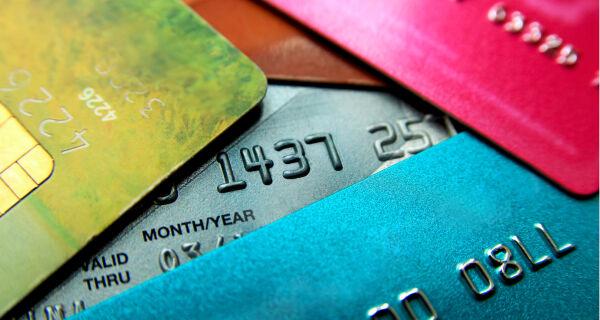 Bloqueio de cartão de crédito deverá ser comunicado ao cliente com 24 horas de antecedência