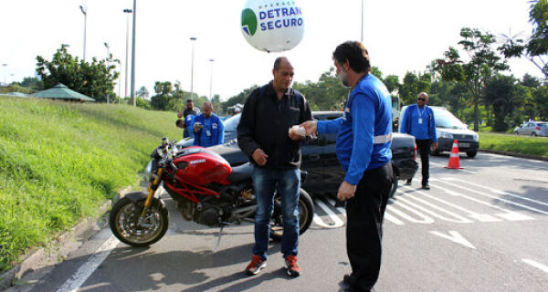 Operação Detran Seguro aborda 808 veículos durante o Carnaval