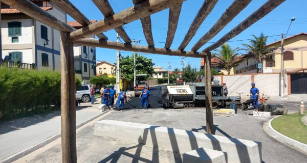 Prefeitura finaliza recapeamento nas ruas de acesso ao Peró