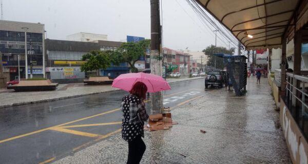 Tempo ficará chuvoso na região até a quinta-feira
