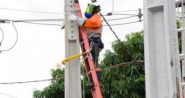 Enel confirma suspensão do corte de enegia elétrica por 90 dias