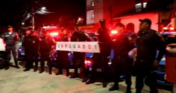 Policiaisfazem homenagem aos profissionais de saúde no combate ao coronavírus em Cabo Frio; VÍDEO