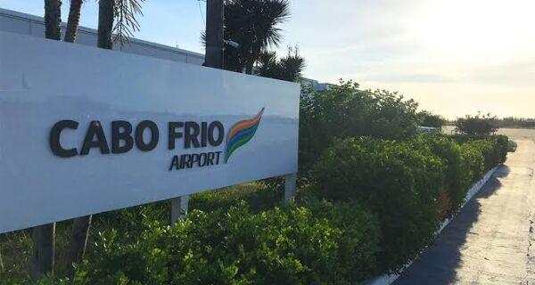"""""""Quem tem autoridade para cancelar voos são as companhias aéreas"""", diz representante do Aeroporto de Cabo Frio"""