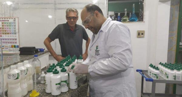 IFRJ de Arraial do Cabo produz e doa 35 litros de solução alcoólica para unidades de saúde da cidade
