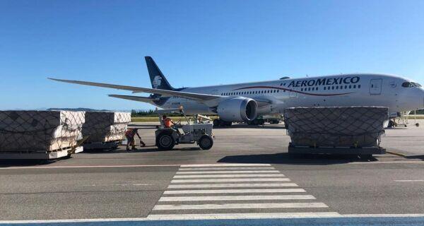 Aeroporto de Cabo Frio recebe carga com 2,5 milhões de máscaras