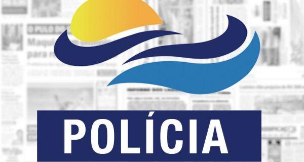 Foragido da Justiça é detido com cápsulas de cocaína e tabletes de maconha em Cabo Frio