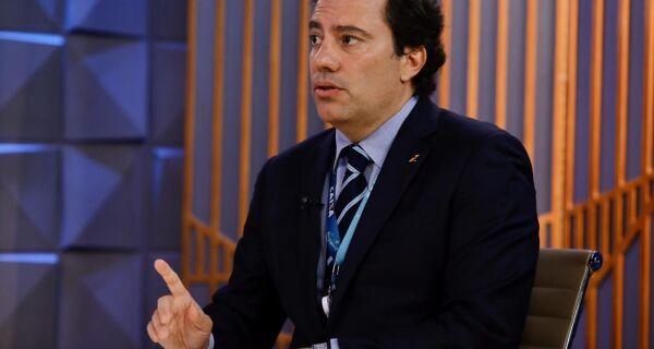 Presidente da Caixa avisa que banco não enviará mensagens sobre auxílio de R$ 600
