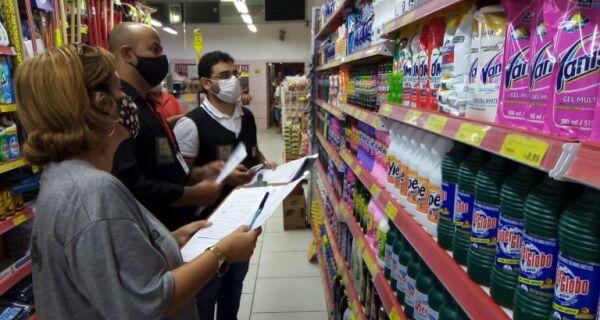 Supermercado é notificado no primeiro dia de fiscalização do Procon de Iguaba