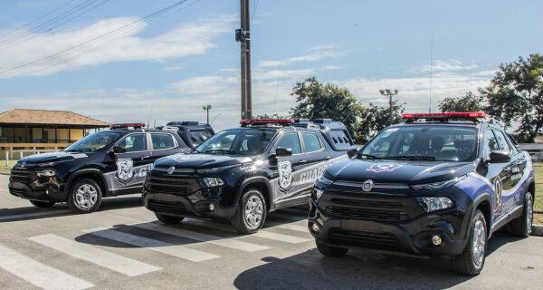 Prefeitura de Araruama entrega três novas viaturas para a Guarda Civil Municipal