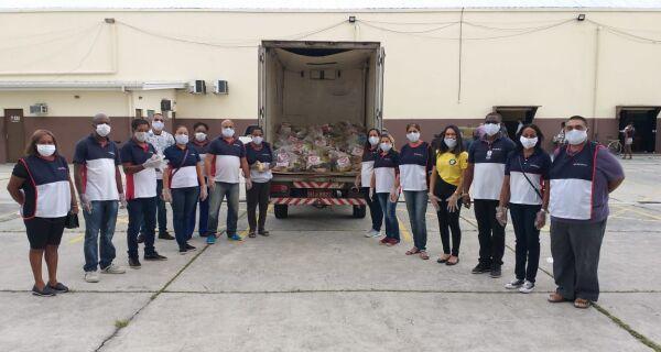 Igreja em Cabo Frio distribui cerca de 5 toneladas de alimentos para os necessitados