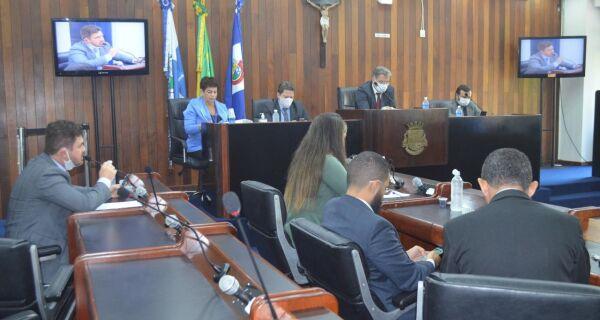 Câmara de Cabo Frio devolve R$ 200 mil para Prefeitura comprar cestas básicas