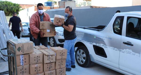 Prolagos doa equipamentos de proteção individual para hospitais no combate à Covid-19