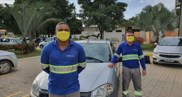 Com máscaras amarelas, Prolagos reforça a importância da segurança no trânsito