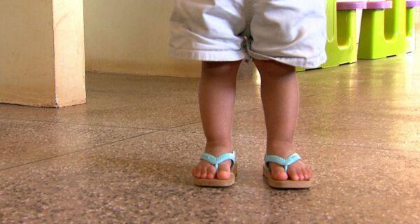 Campanha defende inclusão da maternidade como experiência no currículo