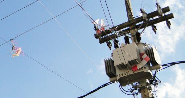 Número de incidentes com pipa na rede elétrica da Região dos Lagos triplica em abril
