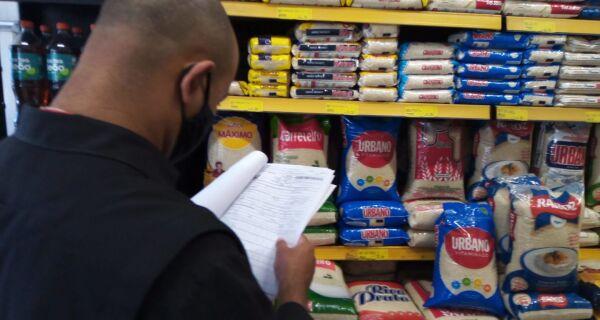 Procon notifica supermercado por prática de preço abusivo em Iguaba