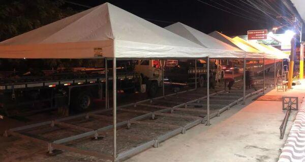 Prefeitura de Saquarema instala tendas próximas a agências bancárias e lotéricas